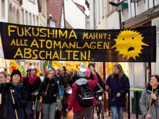 Osnabrück: Montagsspaziergang der Anti-Atomgruppe in Osnabrück.